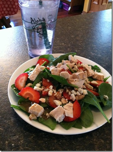 Monday Munchies: Grilled Chicken and Strawberry Spinach ...